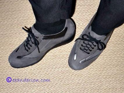 womens comfort shoes